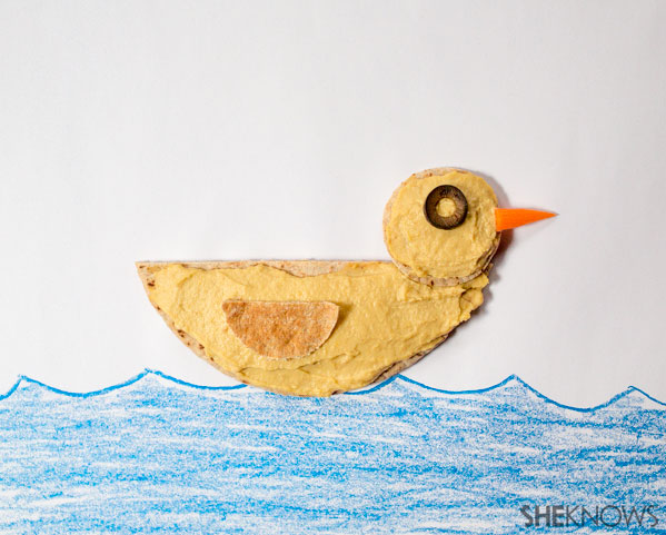 Pita and hummus duck