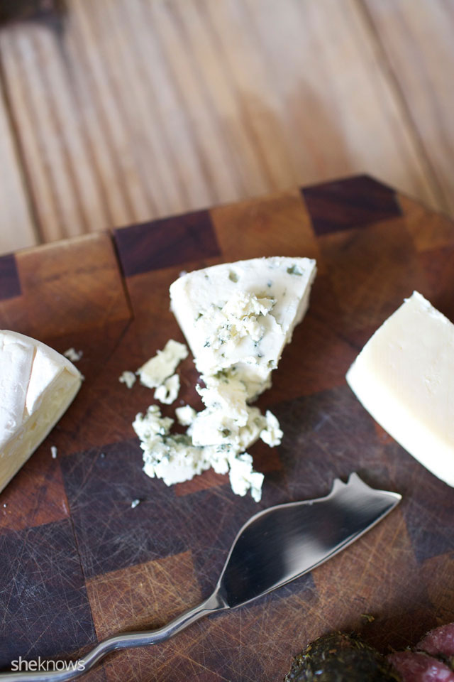 Five Steps for Creating an Amazing Cheeseboard 6