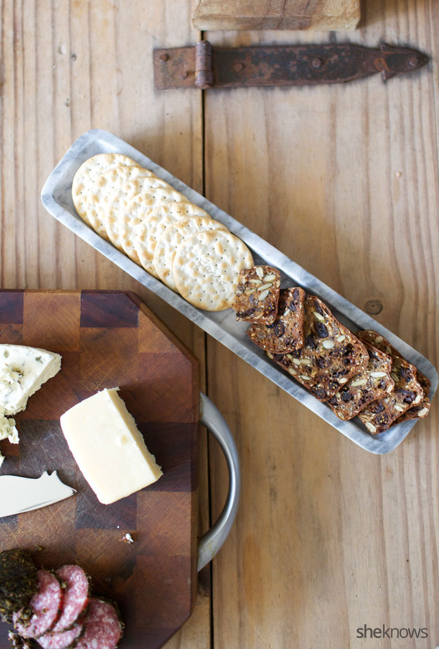 Five Steps for Creating an Amazing Cheeseboard 3