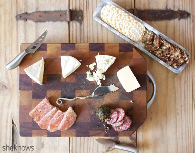Five Steps for Creating an Amazing Cheeseboard 5