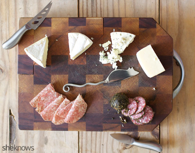 Five Steps for Creating an Amazing Cheeseboard 4