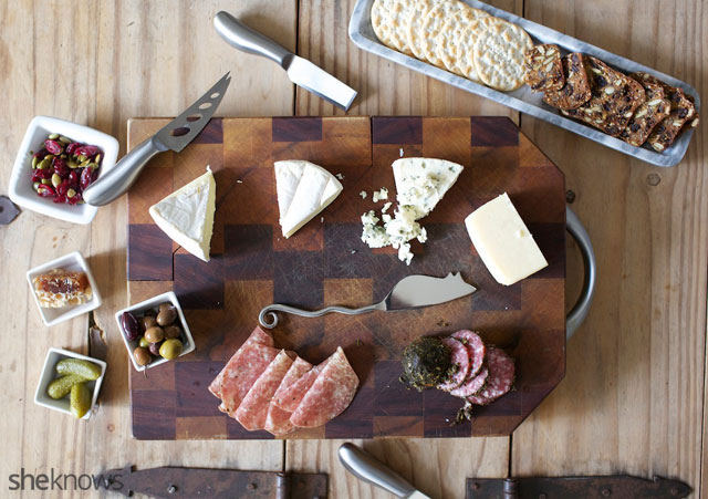 Five Steps for Creating an Amazing Cheeseboard 8