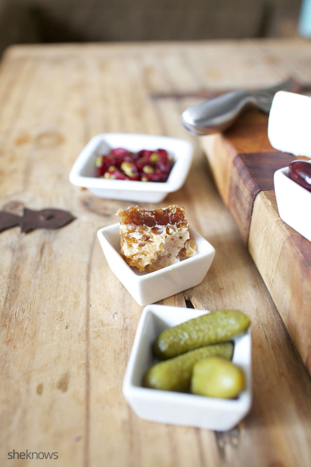 Five Steps for Creating an Amazing Cheeseboard 7