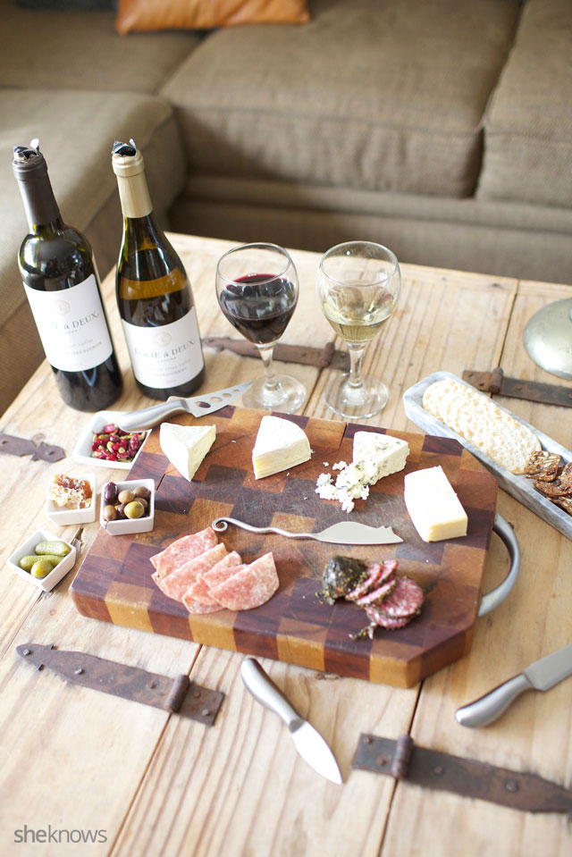 Five Steps for Creating an Amazing Cheeseboard 1