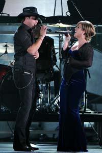 Kelly Clarkson performing on American Idol this week
