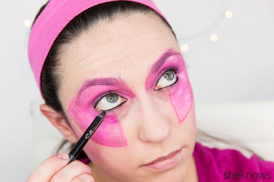 Jem Halloween makeup tutorial: Step 9