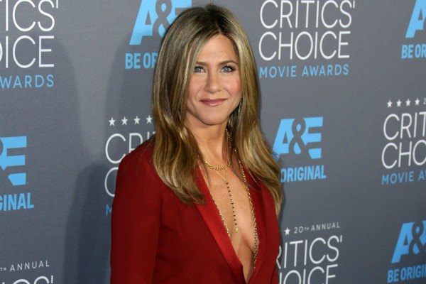Jennifer Aniston and celebrities flaunting their positive body image on the covers of magazines