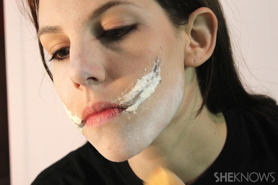 Freaky femme Joker makeup: Step 5