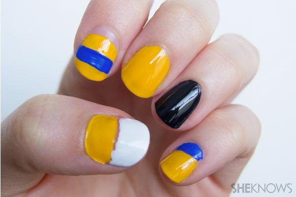 Prabal Gurung-inspired floral nail design