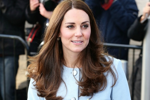 Woman's Day criticised for photoshopping Kate Middleton
