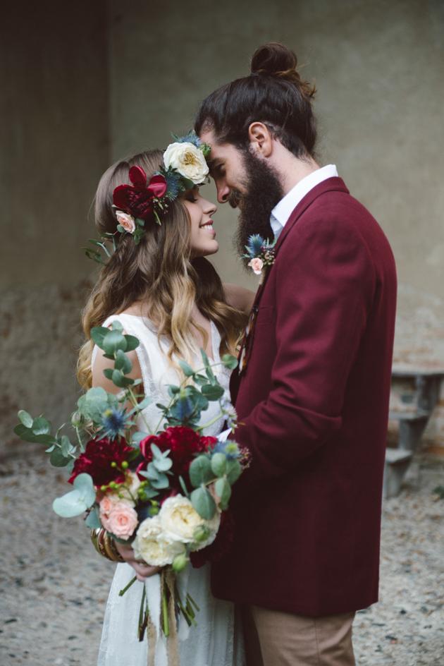 Amazing Winter Wedding Pro Tips | Keep Smiling