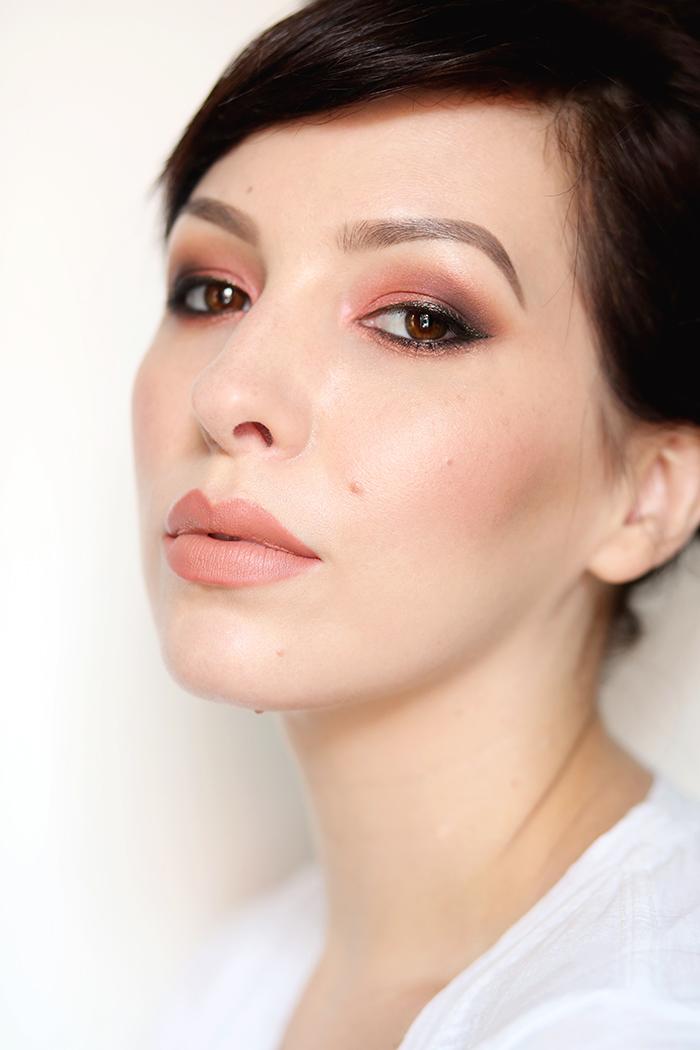 Keiko Lynn DIY Makeup