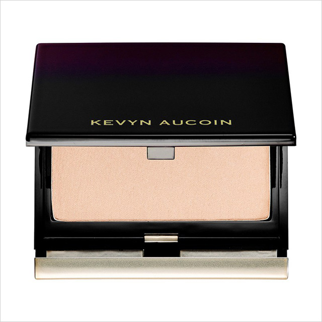 Kevyn Aucoin 'The Celestial Powder' in Candlelight