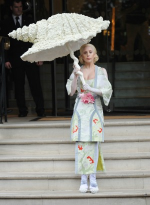 LadyGagaumbrella