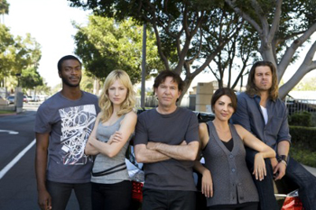 The Leverage cast strikes a pose