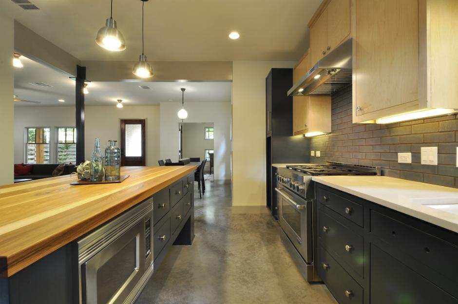 Lighting: Fireclay Tile http://porch.com/projects/kitchen-remodel-111?img=899037