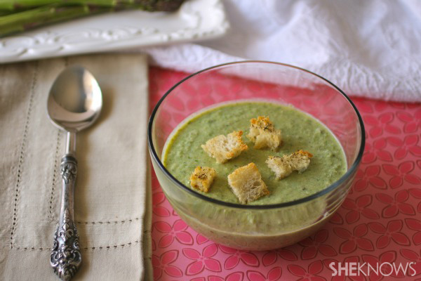 Chilled, roasted asparagus soup with crunchy croutons