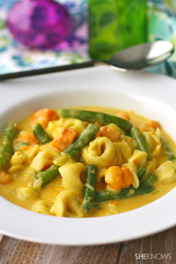 Curried sweet potato, green bean, and tortellini soup