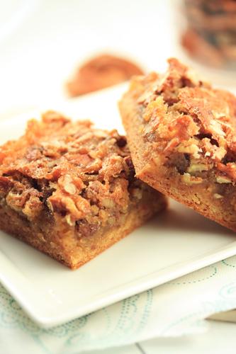 cake mix maple pecan bars