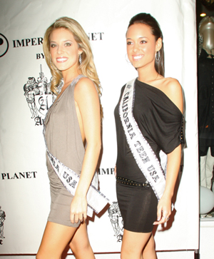 Miss California (r) knows how she feels about gay marriage