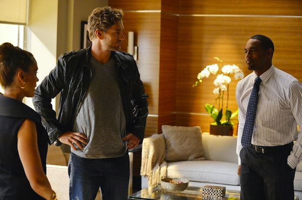 Savi talks to her husband and lover in Mistresses
