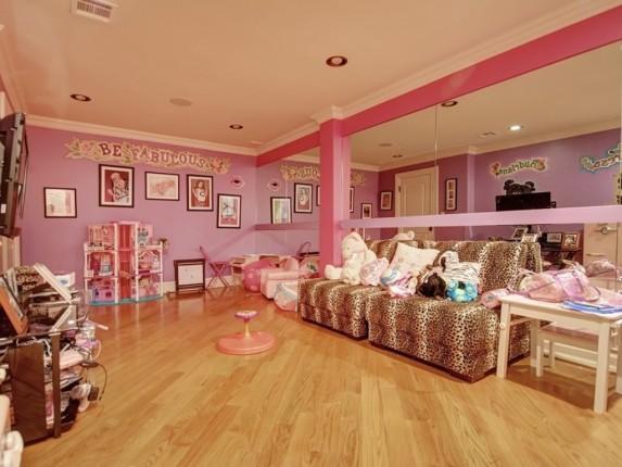 Guidice child's bedroom