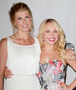 Nashville stars Connie Britton and Hayden Panettiere