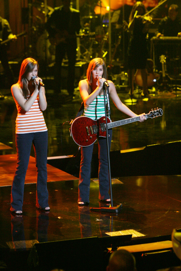 Double your country pleasure on Nashville Star