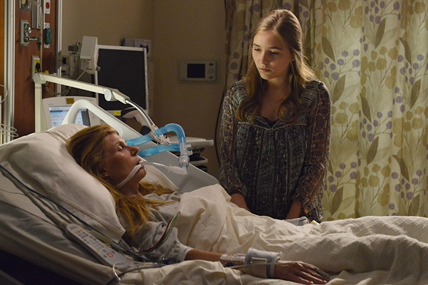 Rayna is in a coma on Nashville