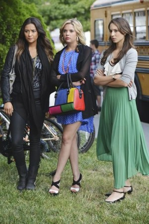 No one is happy about Mona