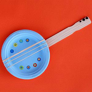 Paper plate Banjo