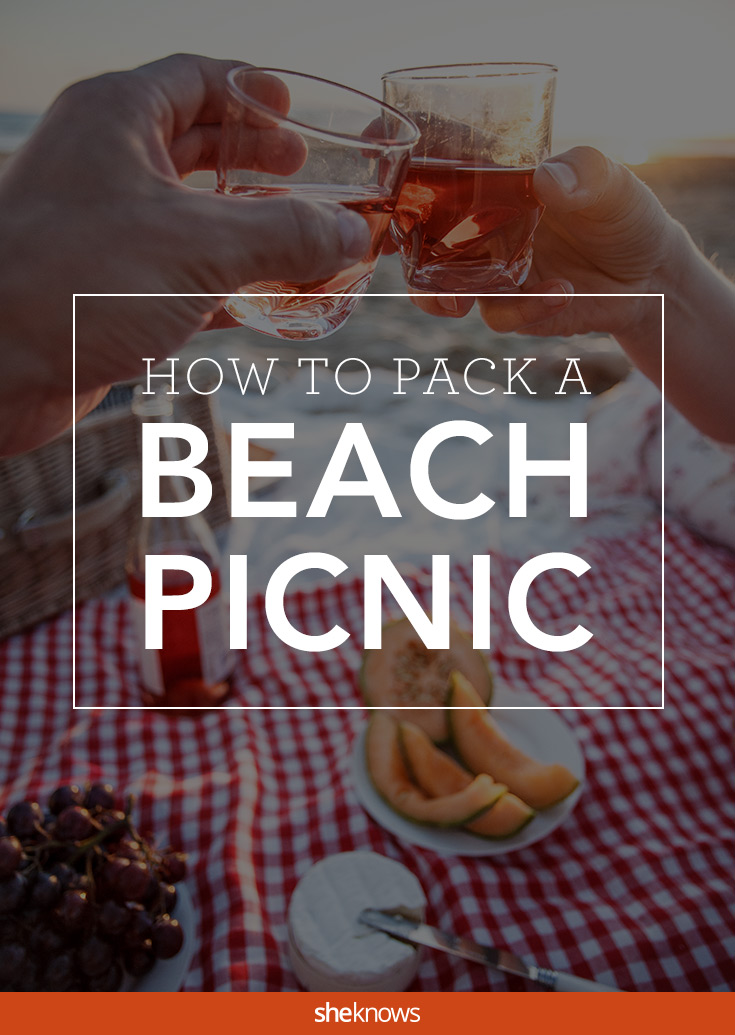 how to pack a beach picnic