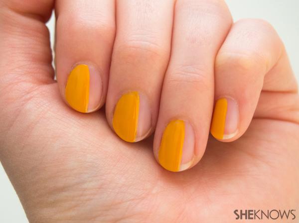 3 Classic plaid nail art designs | Sheknows.com -- yellow side