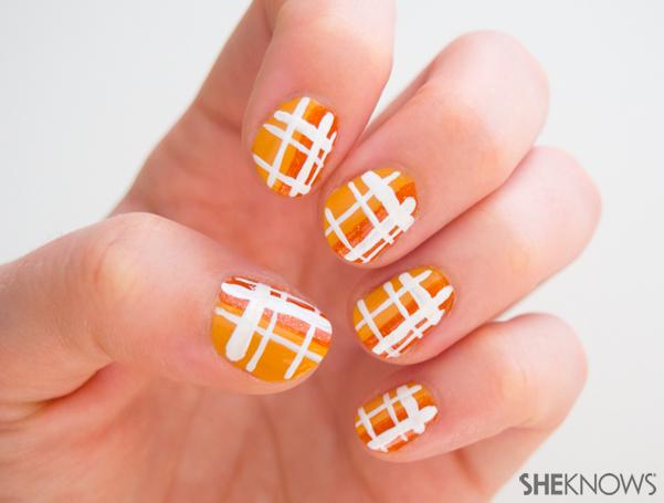 3 Classic plaid nail art designs | Sheknows.com -- final result