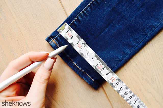How to fray jeans: Plan and Draw