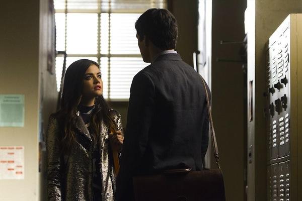 Aria and Ezra in Pretty Little Liars