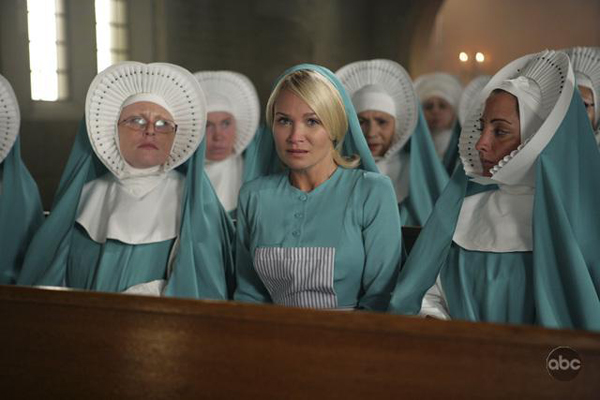 Kristin gets into a habit on Pushing Daisies