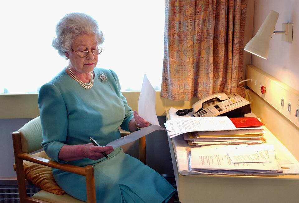 Queen Elizabeth II study on the royal train