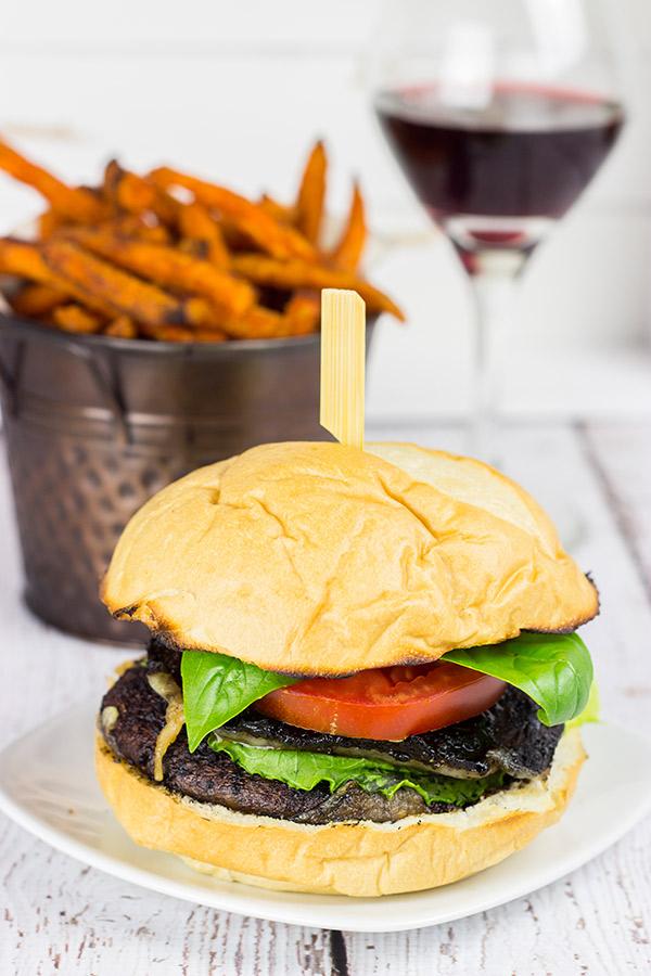 red wine portobello burgers