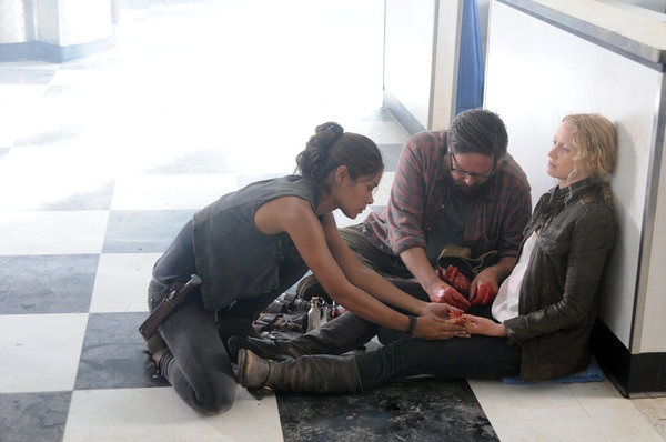 Maggie's final moments on Revolution