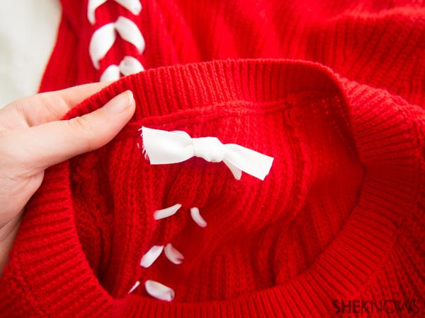 DIY Chevron ribbon arm sweater | Sheknows.com -- tie