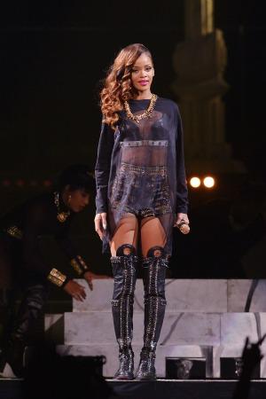 Rihannaredlips