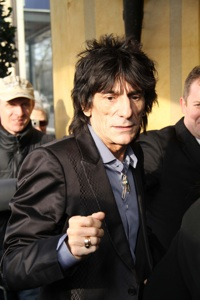 Ronnie Wood heads to rehab