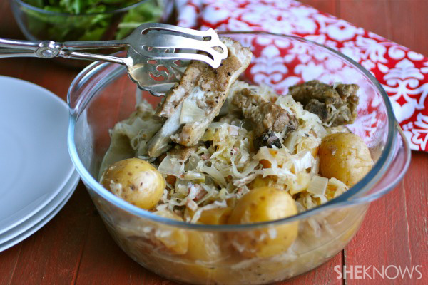 Slow cooker potato, sauerkraut, and spareribs