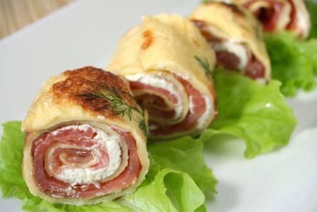 Salmon crepe rolls
