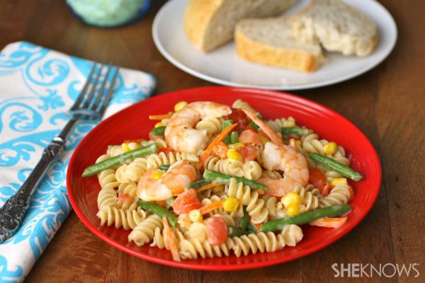 Sunday dinner: Creamy shrimp pasta primavera
