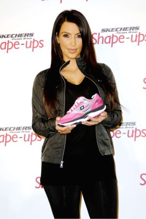 — Boots Kim And Skechers Kardashian A Dog– Sheknows Hires HWD9IEY2