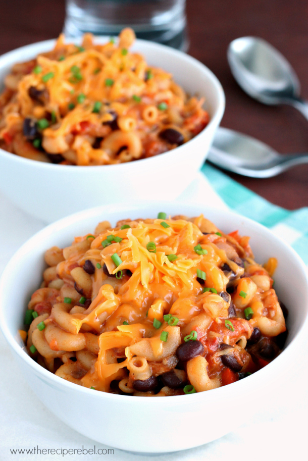 slow cooker bbq mac and cheese