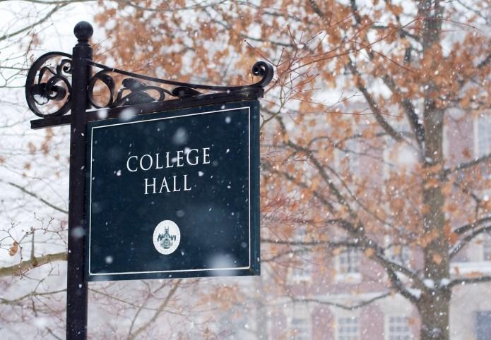 Smith College announces it will accept