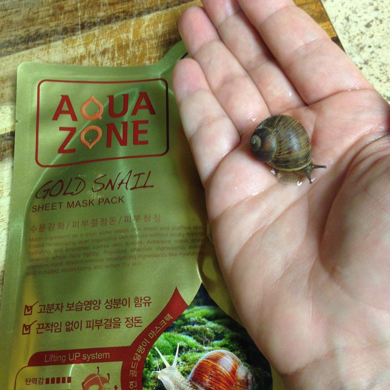 snail hand
